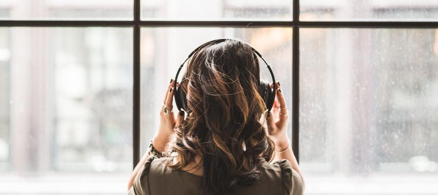 Musica per studiare aiuta davvero a concentrarti di pi for Cuffie antirumore per studiare
